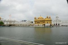 Amritsar - El Templo de Oro - Vista Izquierda
