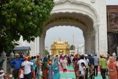 Amritsar - Templo de Oro - Entrada de Langar - Zona de comer