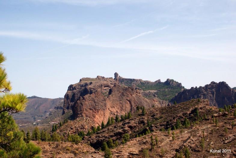Roque Nublo desde Presa de Niñas en Gran Canaria