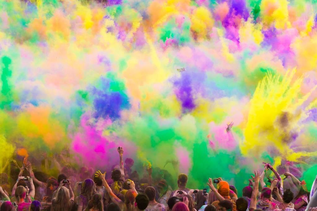 holi colores