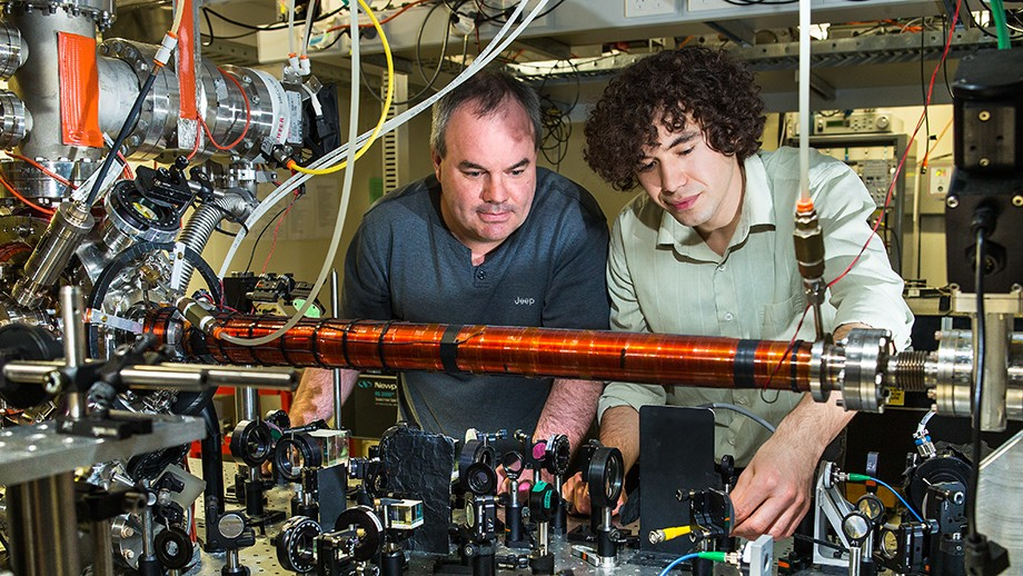 Experimentado teoria cuantica