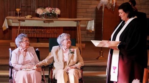 Pareja de IOWA se casan a las 72