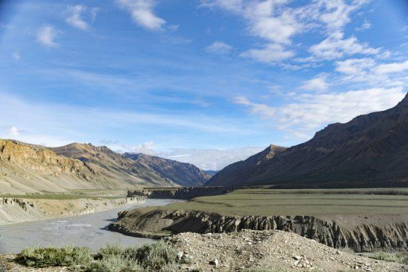 Canones Bhaga del valle de Sarchu