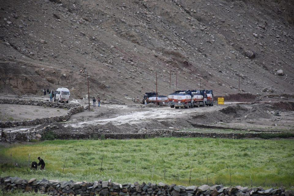 Indicios de carretera cortada en Rumtse