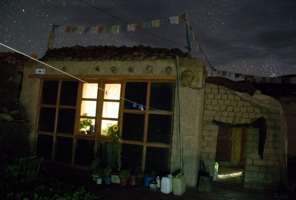 Estrellas por la noche en Rumtse