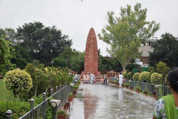 Monumento para los caidos en Jallianwala