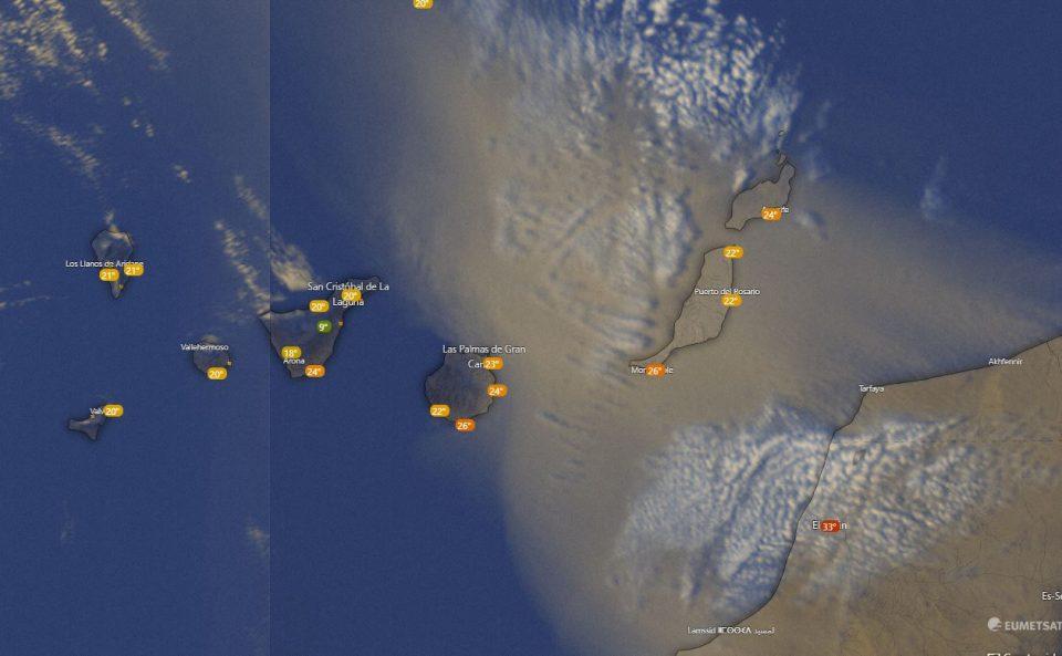 Arena sobre océano atlántico