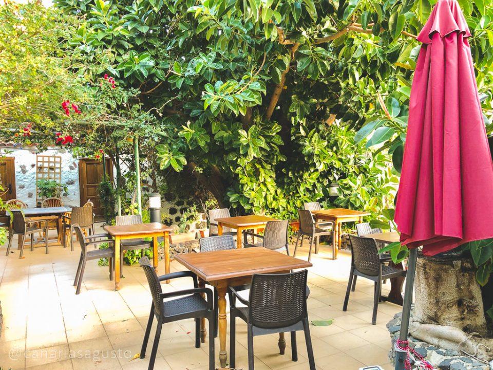terraza principal en restaurante el guanche